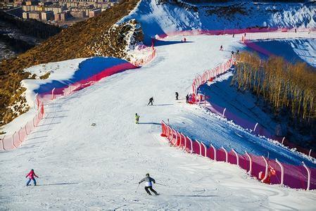 河北与国家体育总局合作 崇礼将建冰雪运动国家训练基地