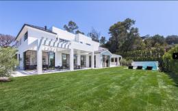 詹姆斯2300万美元购洛杉矶海景房