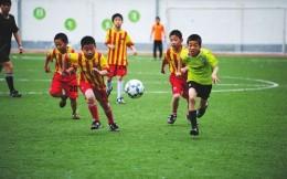 教育部:地方校园足球投入近200亿元 已建成2万所足球特色学校