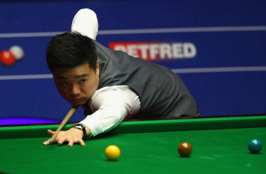 Ding+Junhui+World+Snooker+Championship+Day+05Y2r0bX8OKx.jpg
