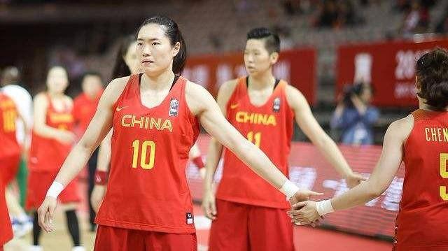 亚运会女篮小组赛 中国女篮32分大胜日本队