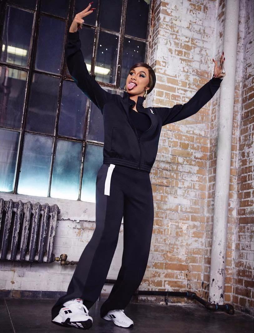 锐步签下说唱女星Cardi B,目标带动复古鞋销售