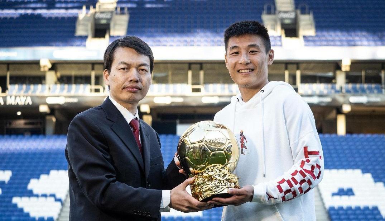 武磊王霜捧走中国金球奖,成立31年的体坛传媒迈出转型重要一步