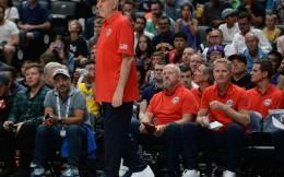 别以为稳了!美国男篮热身赛不敌澳大利亚 正牌美国队2006年来首次输球
