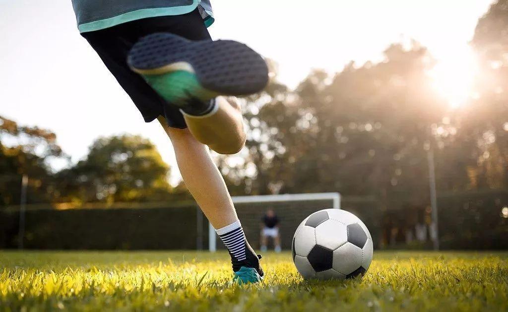 BOSS直聘发布足球产业人才观察报告:平均薪资7325元