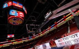 天梭揭秘篮球世界杯计时系统:比赛最后一分钟可精确到0.1秒计时