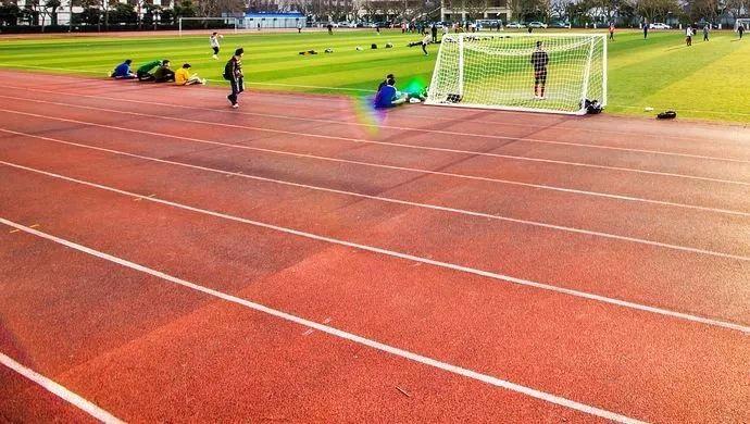 促进全民健身!上海进一步推动学校体育场馆向社会开放