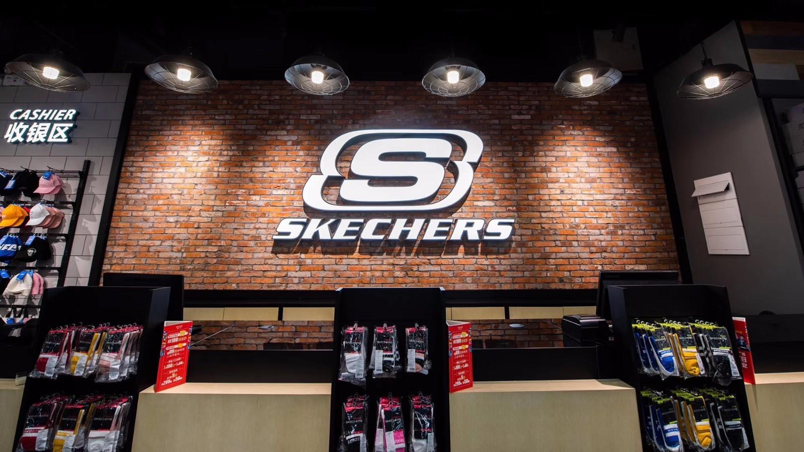 斯凯奇第二季度销售额达12.59亿美元,将加速扩张三四线城市