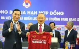 年薪仅60万美元!越南足球教父续约2+1年,本土企业承担全部薪水
