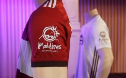 签约国家级旅游局 塞尔塔球衣加入马尔代夫旅游广告
