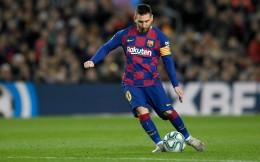 西足协决定在马德里足球城为梅西建造雕像