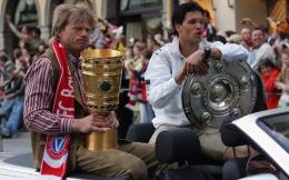 卡恩正式加入拜仁董事会 2022年将接班鲁梅尼格