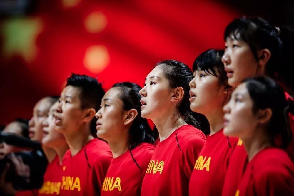 提气!中国女篮战胜世界第三晋级东京奥运,姚主席笑了