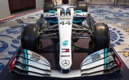 英力士五年合同成为主要合作伙伴,梅奔车队2021退出F1谣言破灭