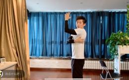 """""""跳水吴彦祖""""做客""""世界冠军体育课""""直播 示范健身方法分享奥运经历"""