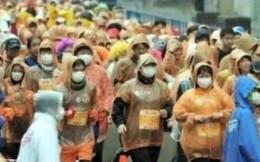 50万人跑马拉松、东京奥运不退,日本真的扛得住疫情吗?