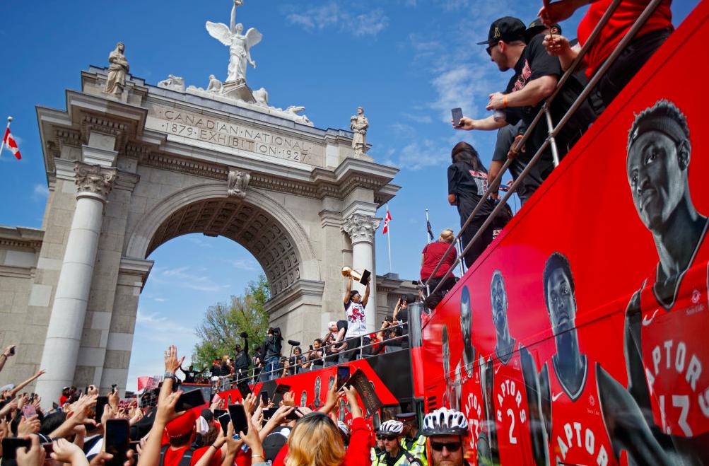 多伦多禁止七月之前举办大型文体活动,多支顶级俱乐部陷入停摆状态