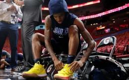 NBA球鞋代言科普:詹皇等17人有签名鞋,多数人仅2.5万美金补贴