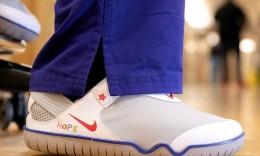 专为医疗系统设计!耐克向一线医护人员捐赠32500双鞋