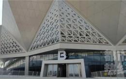 西安奥体中心体育馆竣工 可实现冰场与篮球场快速转换