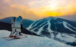 开启夏季经营、预售下一雪季雪票,雪场探寻自救药方