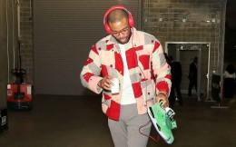 """本赛季再无""""时尚入场秀""""!""""穿着令""""使NBA球员穿着统一制服进入球馆"""