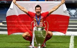 莱万荣膺2020年德国足球先生