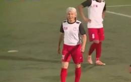 蒙古足球联赛54岁白发球员登场