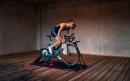 可穿戴设备商Garmin推出室内智能骑行训练台