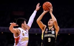 中国男篮名将张庆鹏宣布退役:继续为中国篮球拼搏