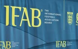 国际足联明年1月起测试脑震荡换人新规