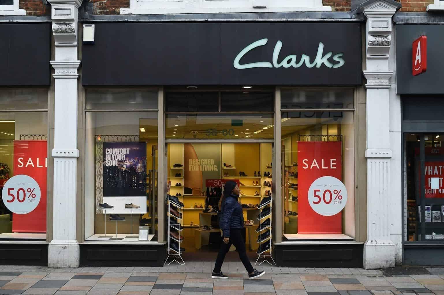 萊恩資本一億英鎊收購Clarks獲批