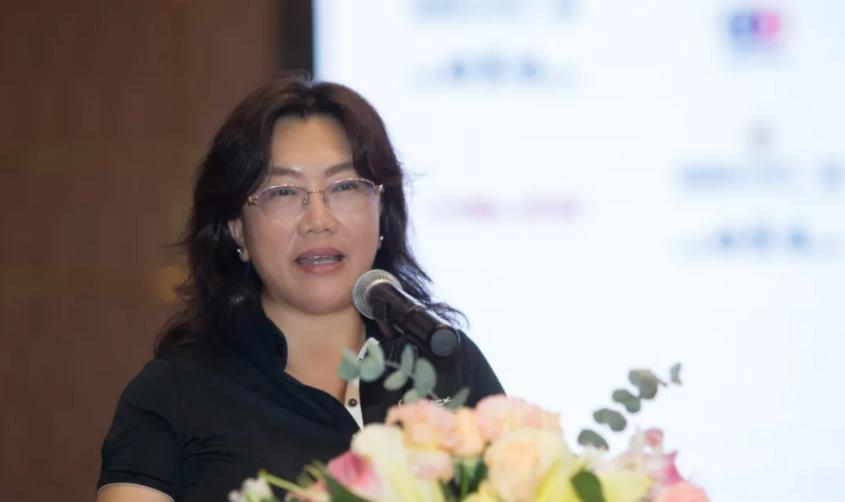中国女子职业高尔夫球巡回赛董事总经理李红.png