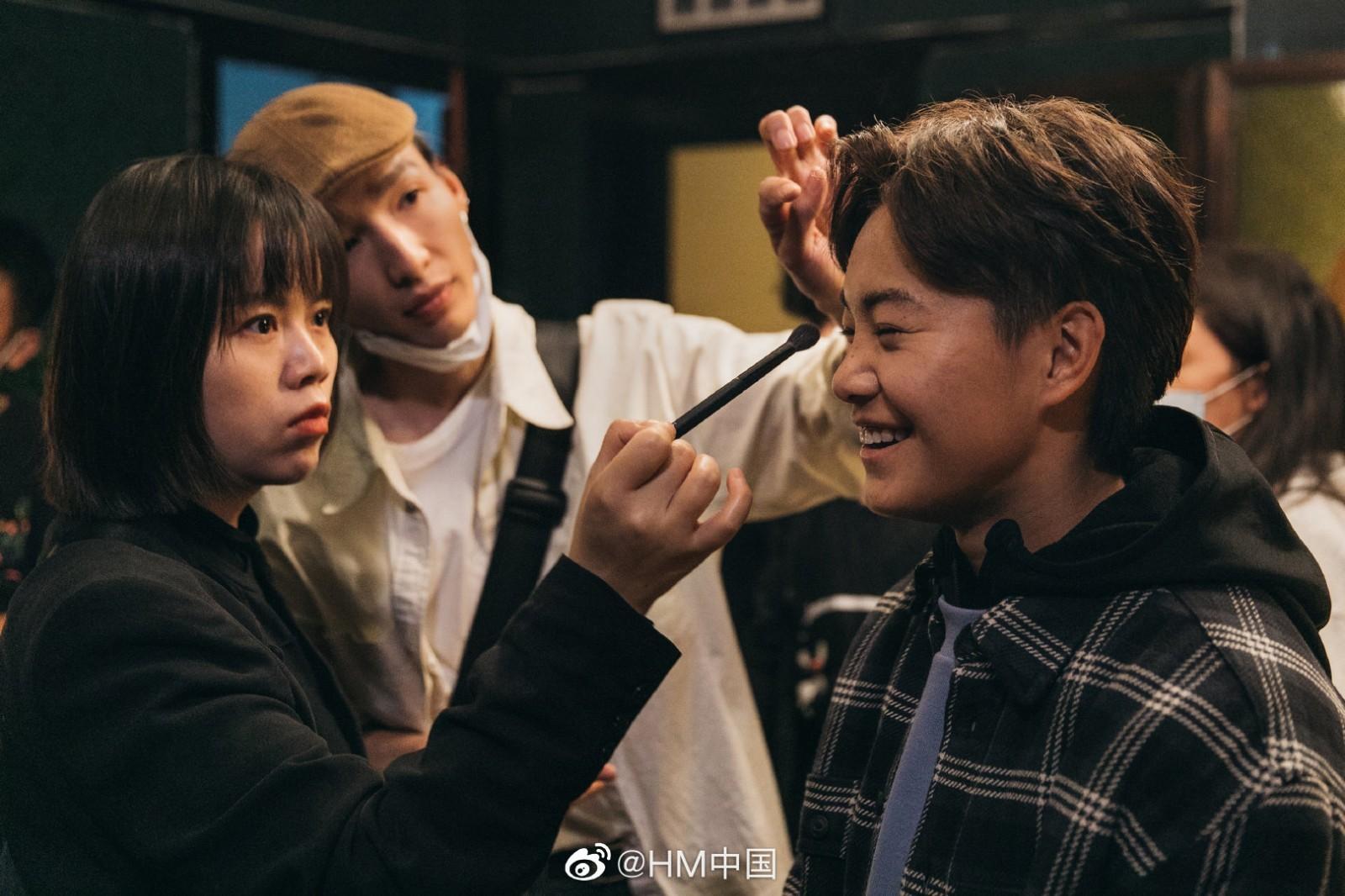 H&M再与球员合作 王霜参演品牌2021新春大片