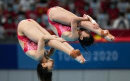 第四金!跳水女子双人三米板 施廷懋/王涵夺冠