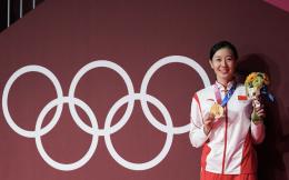 新规!IOC允许运动员领奖时摘口罩30秒,纪念他们的荣耀时刻
