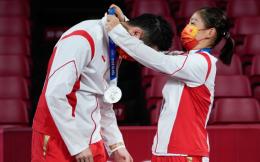 奥运早餐7.27|日本8金2银3铜奖牌榜第1中国第3 女子三大球全面出击