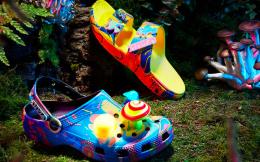 Crocs洞洞鞋Q2收入超6.4亿美元,上调全年预期