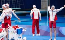 女子4x100米混合泳接力:中國隊第四無緣獎牌 澳大利亞破奧運紀錄奪冠