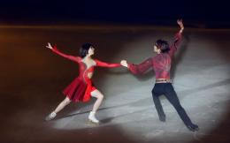花滑世界冠军张丹张昊携中国首部原创冰上舞剧《踏冰逐梦》十年后再聚首