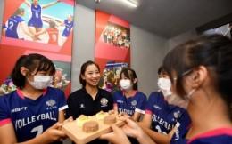 国际教练日快乐,和原女排国手王茜一起为天津女排加油