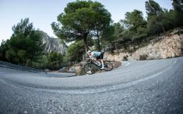 迪卡侬重返世界职业自行车赛事 与UCI车队科菲迪斯达成官方合作