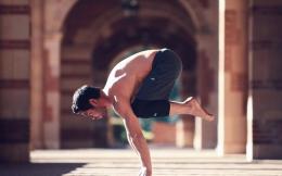 """""""男版lululemon""""估值40亿美金!男性瑜伽市场潜力无穷"""